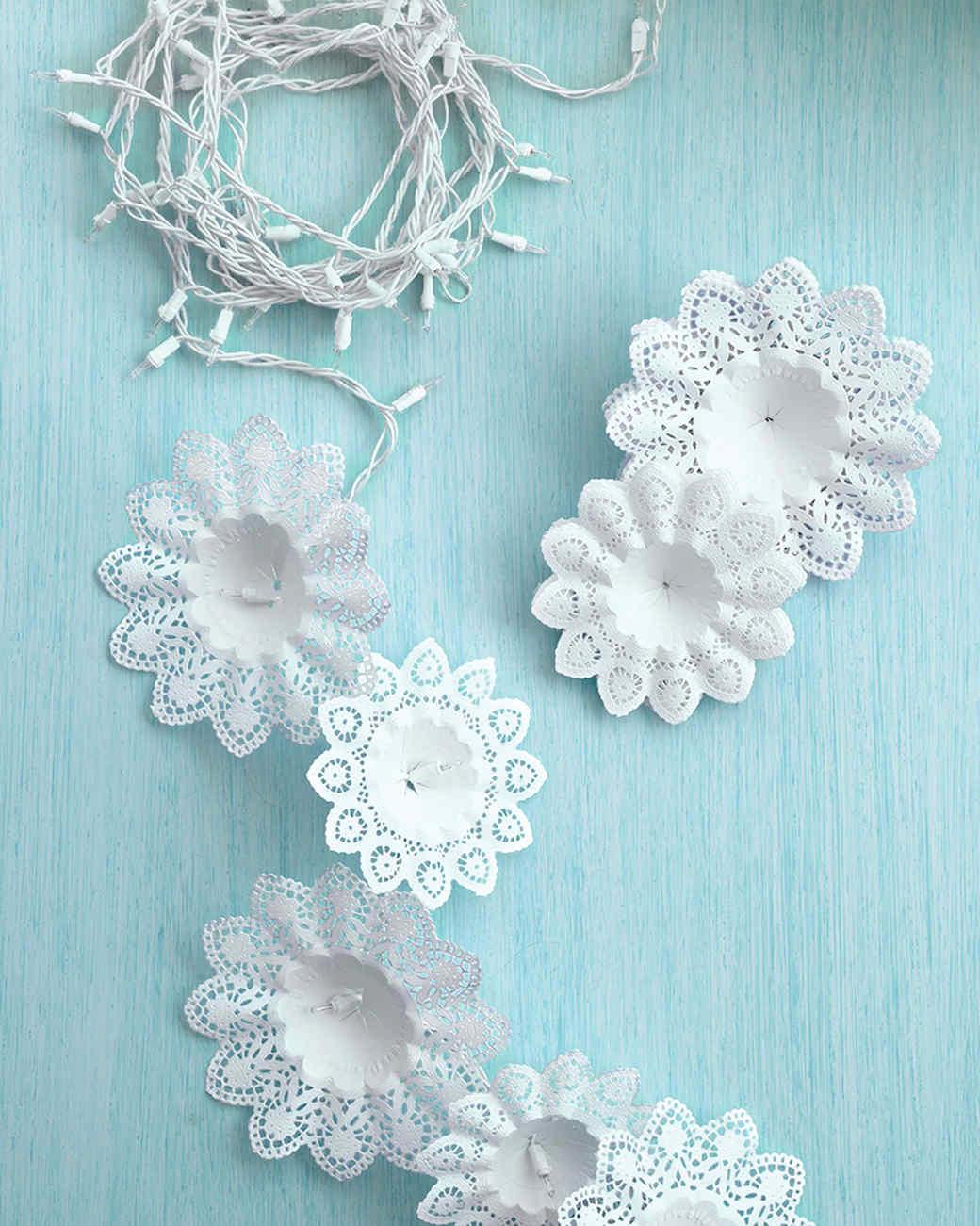 Снежинка из ватных дисков своими руками на новый год