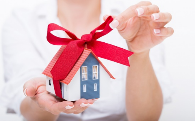 Налога для близких родственников дарителя потер