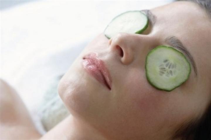 Как убрать синяки от усталости под глазами в домашних условиях