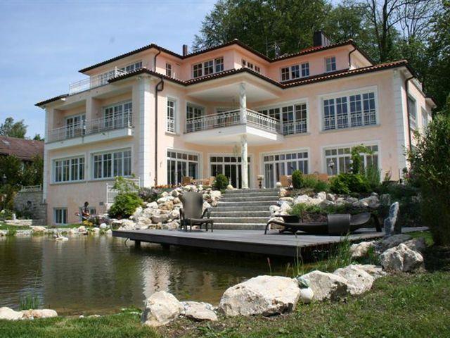 купить дом в европе недорого в германии девушками раздевалке